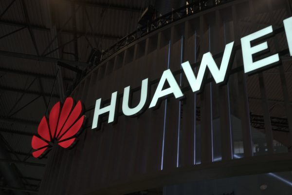 Lack of Google Apps affecting Huawei the most-min