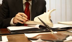 https://www.trendingthought.com/wp-content/uploads/2019/11/Lawyer-Paying-Jobs-in-India.jpg
